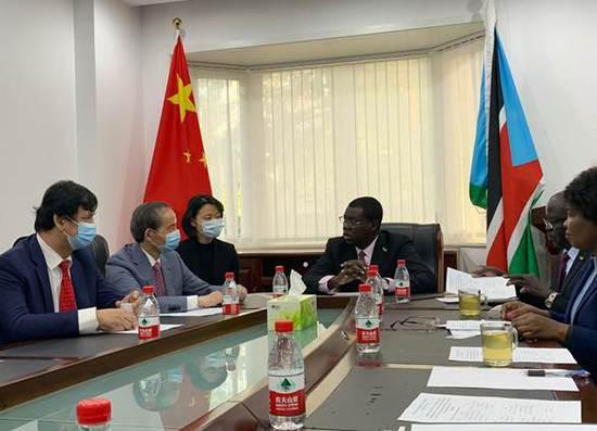 深晚报道 | 中国国际文化流传中心向南苏丹捐赠笔记本电脑典礼在南苏丹驻华大使馆举办