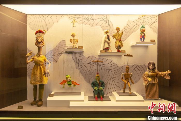 海外木偶展示。 上海木偶剧团 供图 摄