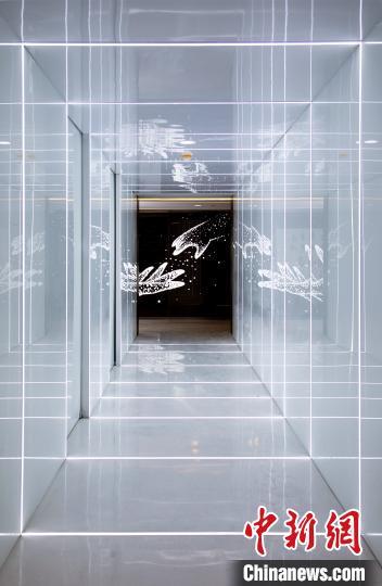 """""""时空长廊""""。 上海木偶剧团 供图 摄"""